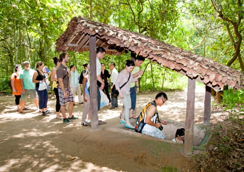 cu-chi-tunnels-tours